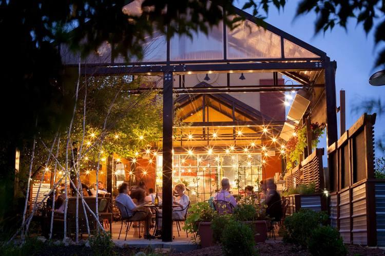 Top 10 Outdoor Rochester Restaurants